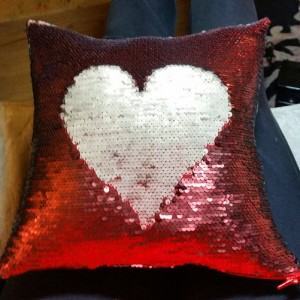 sequin pillow (32)